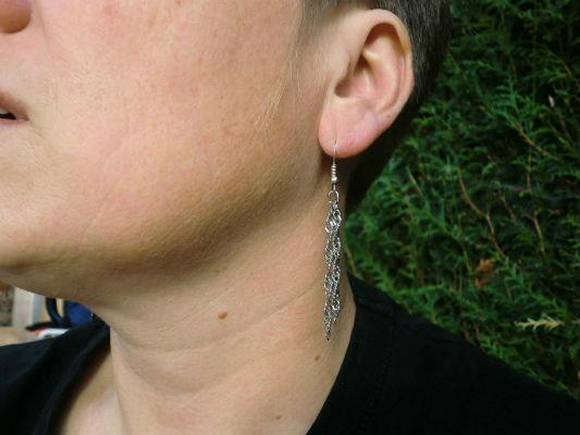 Boucle d`oreilles chaine