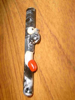 Paille bonhomme tube en aluminium recouvert de pâte fimo